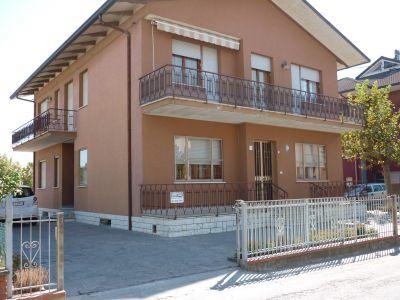 Vue ext�rieure de la location Location Maison 93091 Bellaria Igea Marina