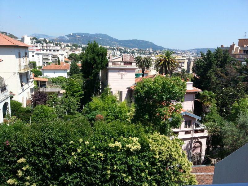 Vue de la terrasse Location Appartement 93560 Nice