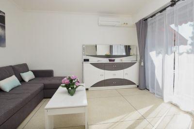 Salon Location Appartement 93859 Cavalaire-sur-Mer