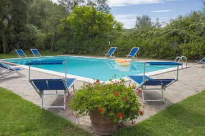 Piscine Location Gite 94893 Montaione