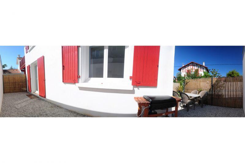 Vue de la terrasse Location Appartement 97209 Biarritz