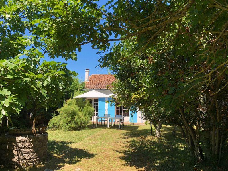 Vue extérieure de la location Location Villa 10080