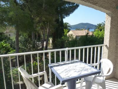 Vue de la terrasse Location Studio 10286 Saint Cyr sur Mer