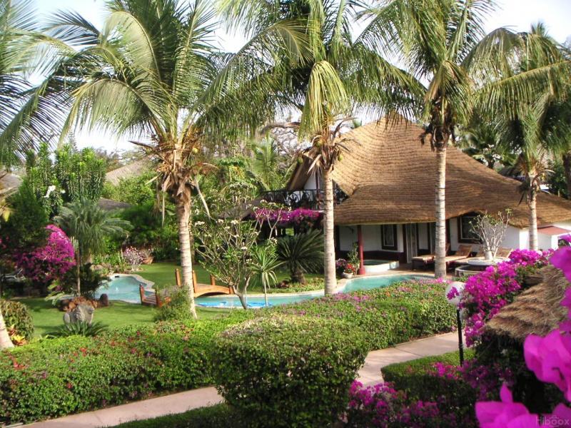 Vue extérieure de la location Location Villa 10817 Saly