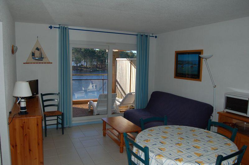 Salon Location Appartement 10882 Hourtin
