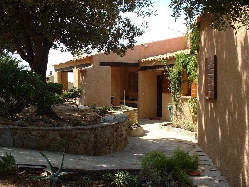 Entrée Location Villa 11010 Lumio