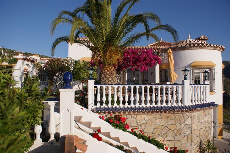 Vue extérieure de la location Location Villa 11479 Nerja