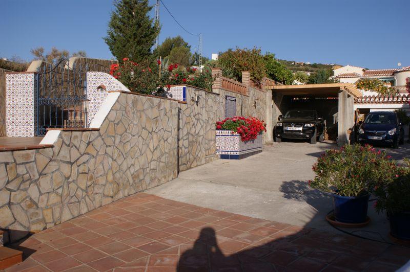 Parking Location Villa 11479 Nerja