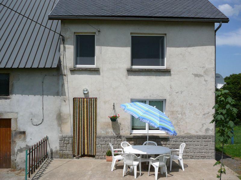 Vue extérieure de la location Location Maison 11843 La Bourboule