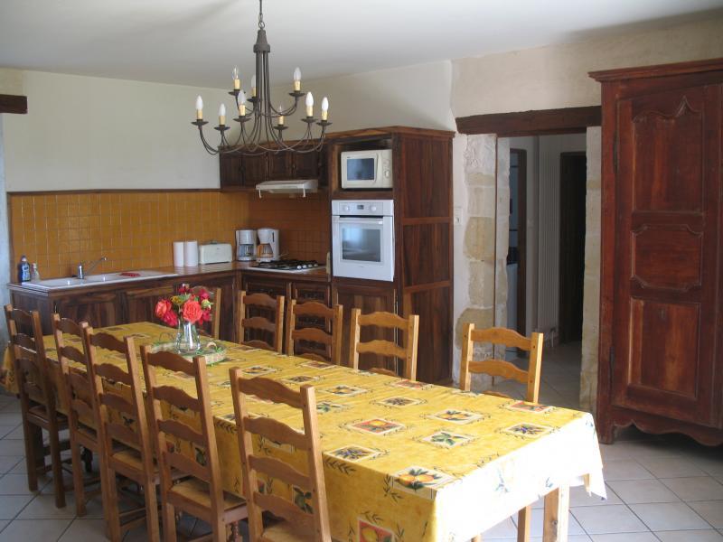 Cuisine d'été Location Maison 12399 Les Eyzies de Tayac