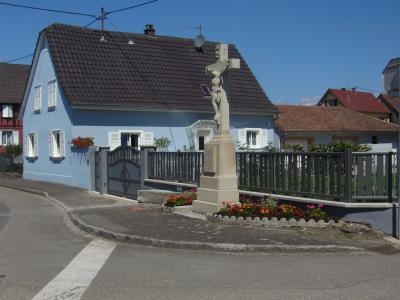 Vue ext�rieure de la location Location Maison 12762 S�lestat