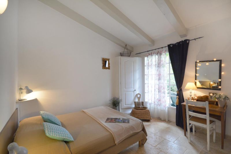 Location Gite 13098 Les Baux de Provence