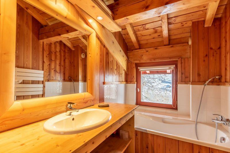 salle de bain 1 Location Chalet 136 Les Arcs