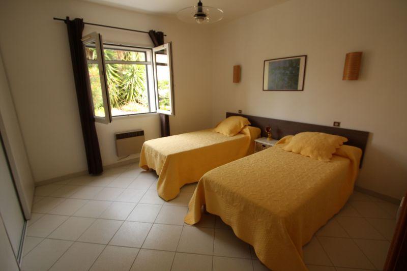 chambre 2 Location Appartement 1377 Ile Rousse