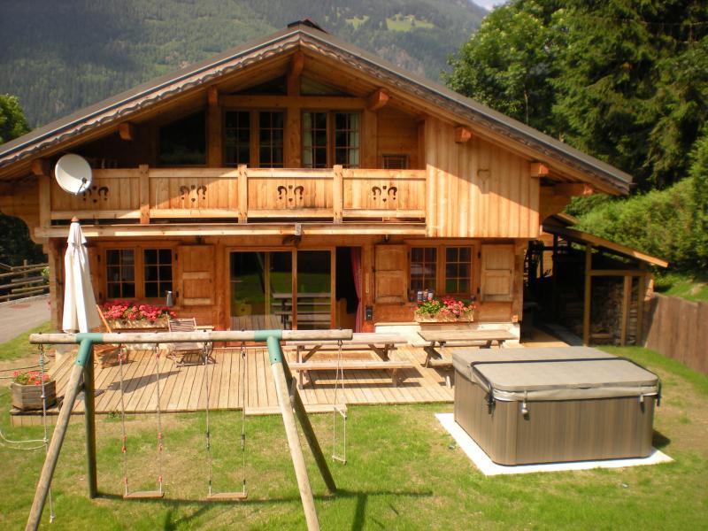 Vue extérieure de la location Location Chalet 1412 Chamonix Mont-Blanc