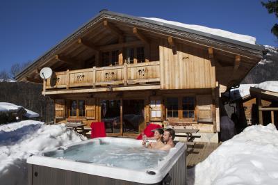 Vue ext�rieure de la location Location Chalet 1412 Chamonix Mont-Blanc