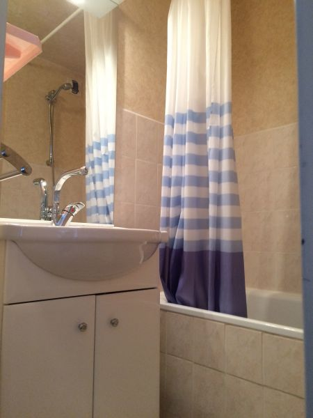 salle de bain Location Studio 15132 Tignes