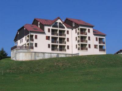 Vue ext�rieure de la location Location Appartement 15199 Les Rousses