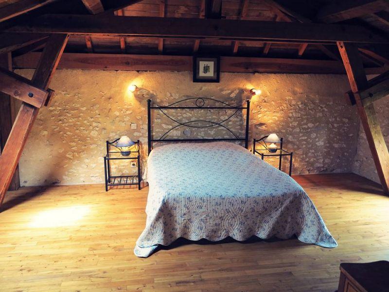 chambre 1 Location Maison 15380 Monpazier