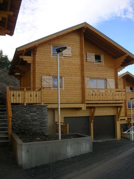 Vue extérieure de la location Location Chalet 1555 Superdévoluy- La Joue du Loup