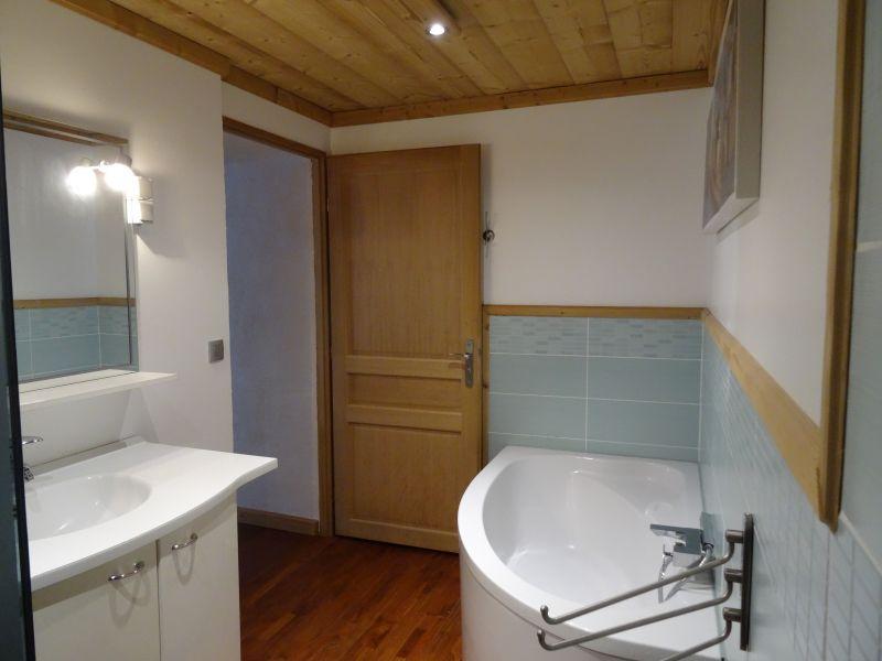 salle de bain 2 Location Maison 16107 Les Contamines Montjoie