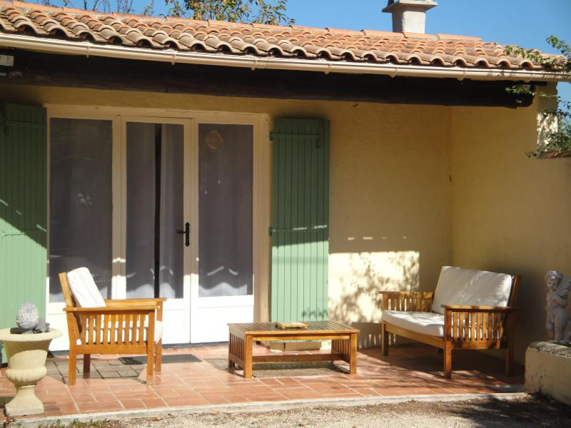 Terrasse 3 Location Maison 16202 Caromb