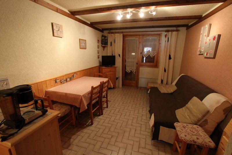 Salon Location Studio 16574 Châtel