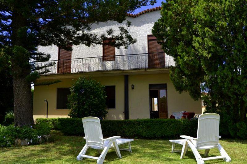 Vue extérieure de la location Location Villa 16606 Noto