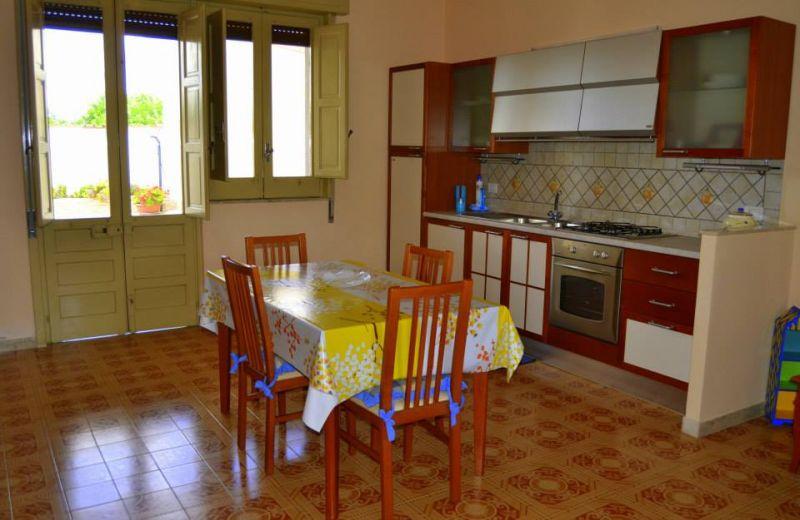 Séjour Location Villa 16606 Noto
