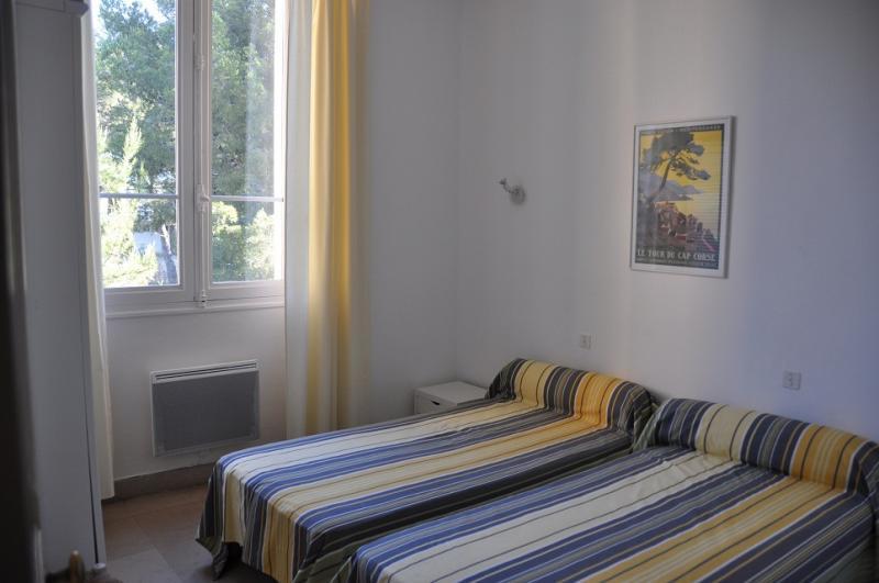chambre 2 Location Appartement 17205 Saint Raphael