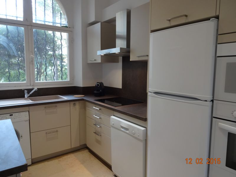 Cuisine indépendante Location Appartement 17205 Saint Raphael