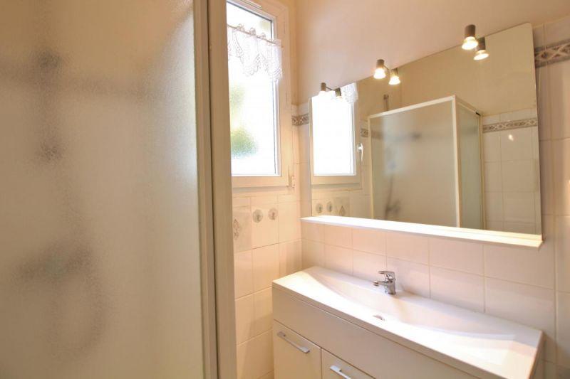 salle de bain Location Gite 17206 Argeles Gazost