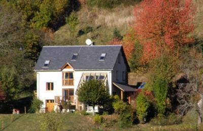 Vue ext�rieure de la location Location Maison 17916 Saint Lary Soulan