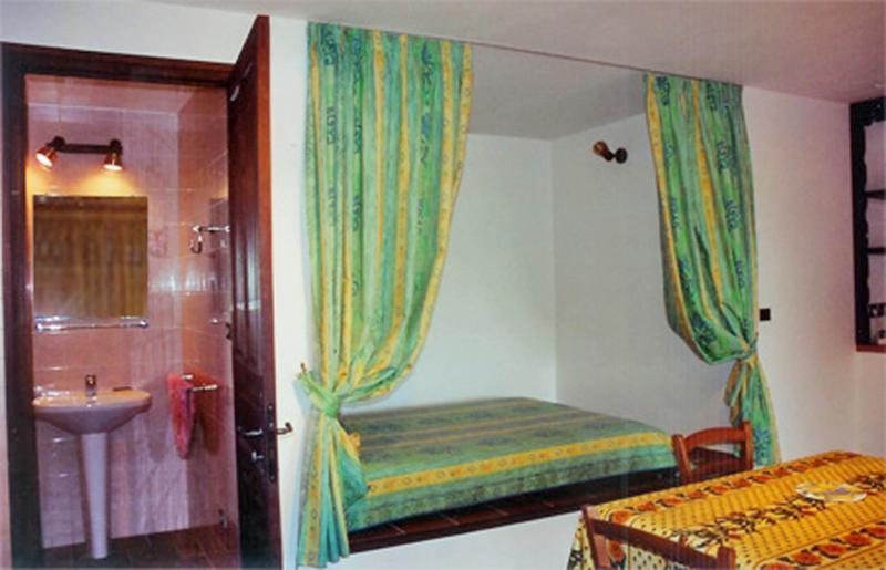 Salle à manger Location Studio 18614 Calvi
