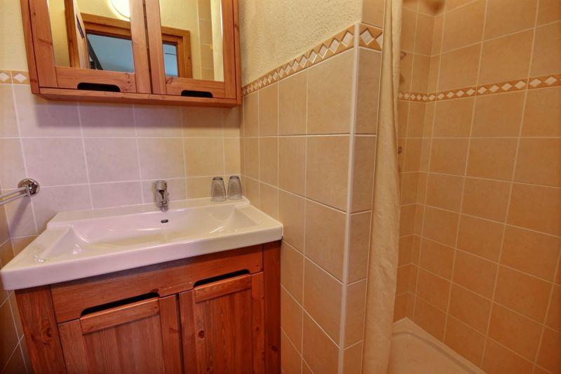 salle de bain 2 Location Chalet 1952 Morzine