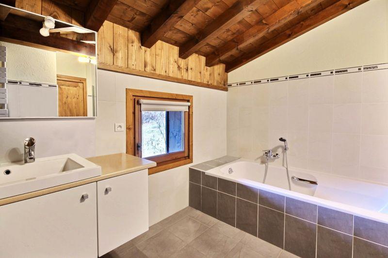 salle de bain 3 Location Chalet 1952 Morzine