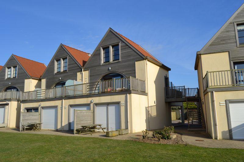 Vue extérieure de la location Location Appartement 19715 Wimereux