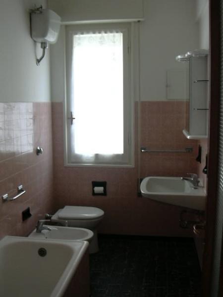salle de bain Location Appartement 20299 Chiavari