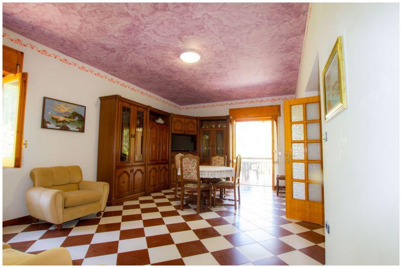 Salle à manger Location Villa 20490 Ascea