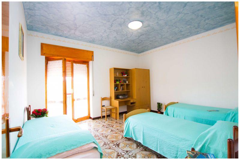 chambre 2 Location Villa 20490 Ascea