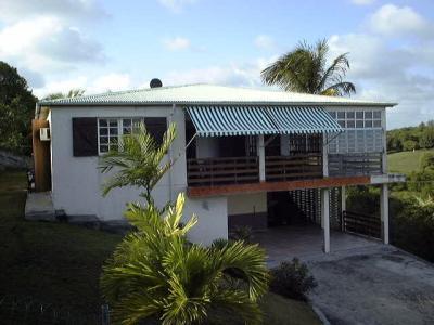Vue ext�rieure de la location Location Gite 20729 Sainte Anne (Guadeloupe)