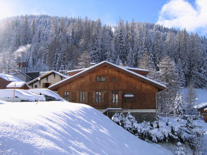 Vue extérieure de la location Location Chalet 2148 La Plagne