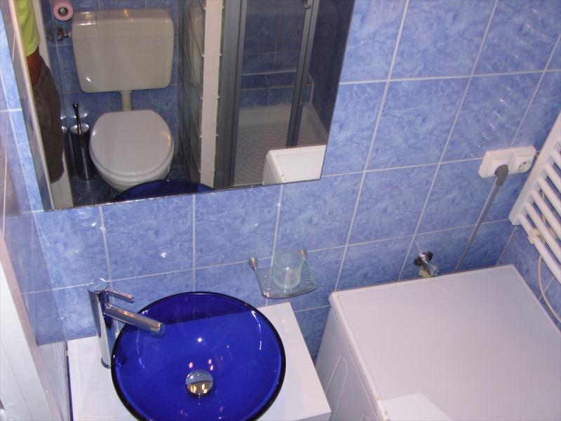 salle de bain Location Studio 21996 Nice