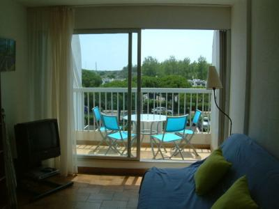 Balcon Location Studio 24181 Port Camargue