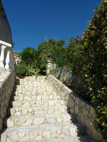 Entrée Location Appartement 25566 Toulon