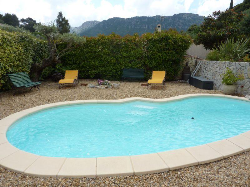 Piscine Location Appartement 25566 Toulon