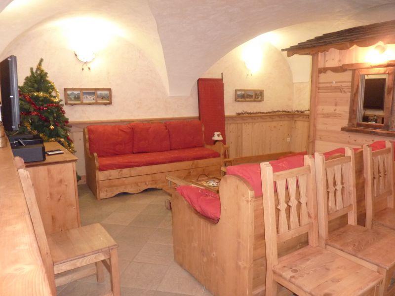 Salon Location Chalet 26775 Les Menuires