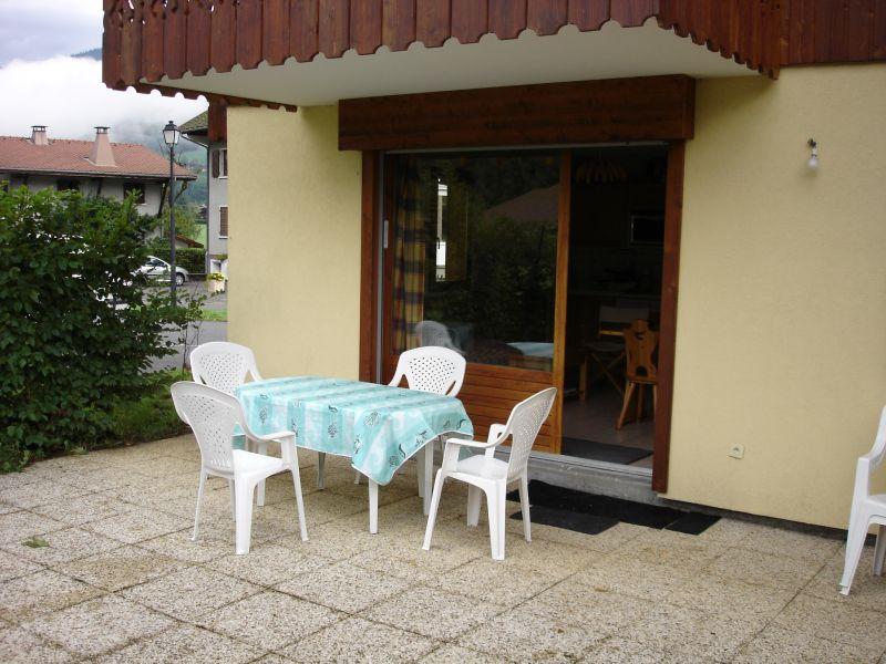 Vue de la terrasse Location Appartement 2748 Samoëns