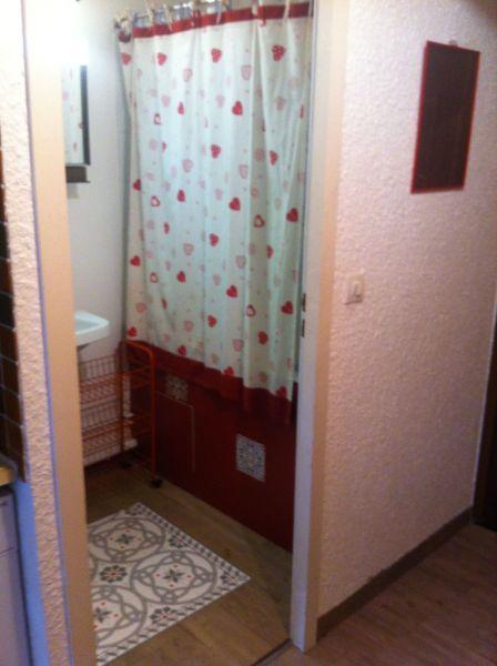salle de bain Location Studio 27715 Les Carroz d'Araches