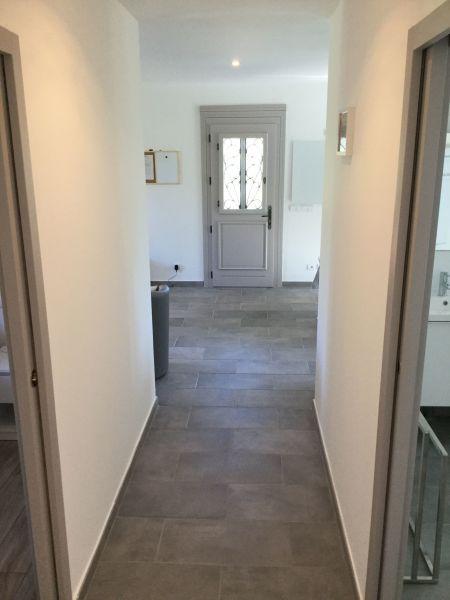 Couloir Location Villa 28209 Calvi